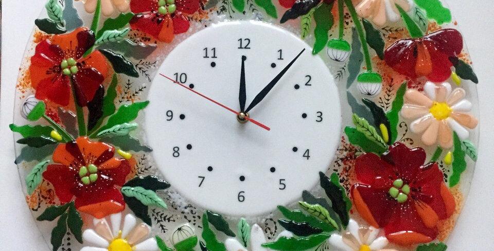 """Настенные часы """"Маки и ромашки"""""""