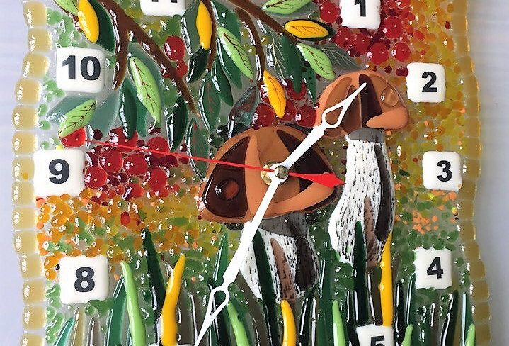 "Настенные часы ""Грибочки на поляне»"