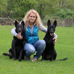 Susan, Sira +Leila