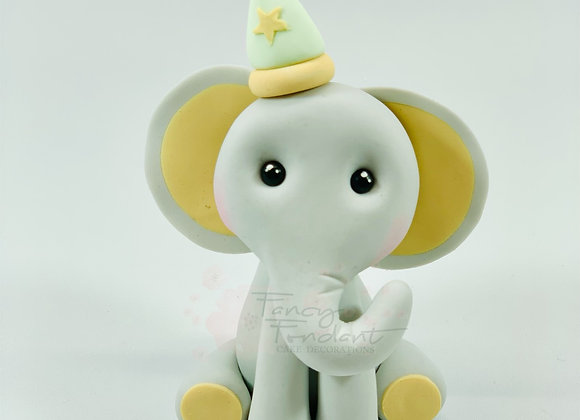 Fondant Elephant with Hat
