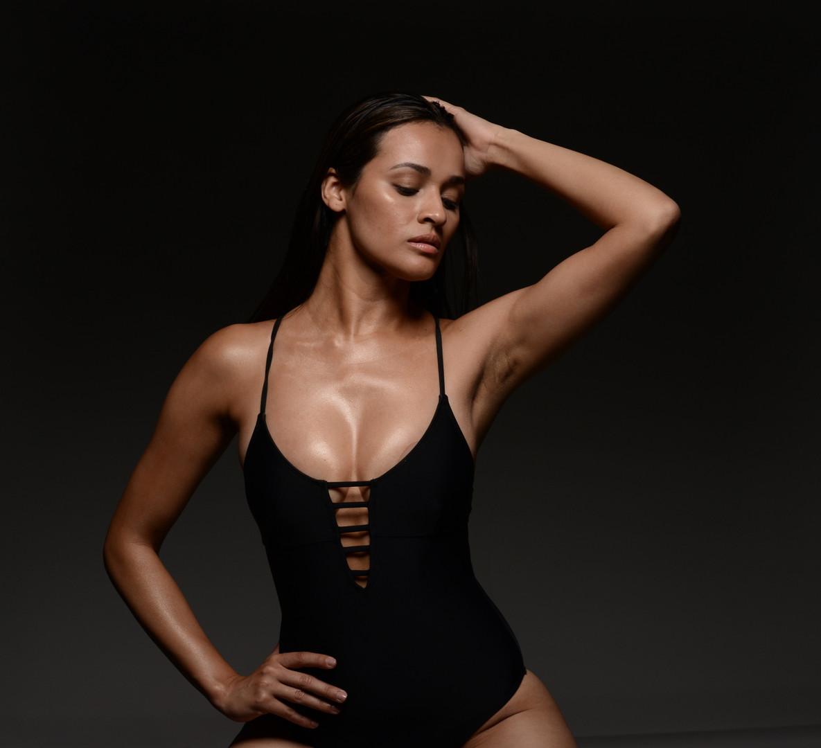 Swimsuit Fashion Nelly_edited.jpg
