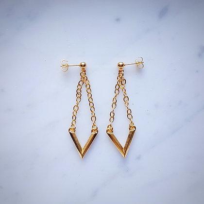 V-Shaped Design Stud Earrings in Gold