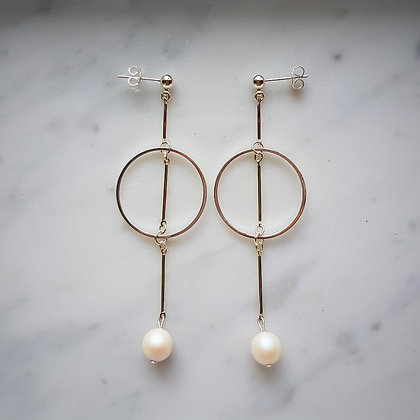 Pearl Drop (Pearlescent White) Hoop Stud Earrings in Silver