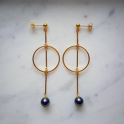 Pearl Drop (Iridescent Purple) Hoop Stud Earrings in Gold