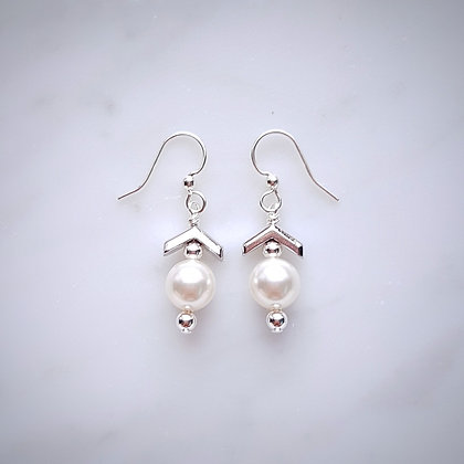 Pearl Drop (Cream Rose) and Chrevon Design Hook Earrings in Silver