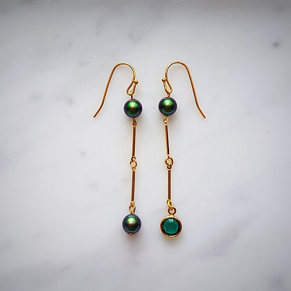 Pearls (Scarabaeus Green) and Crystal Drop Hook Earrings in Gold