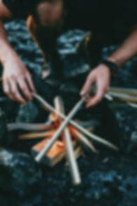 Commencer un feu de joie