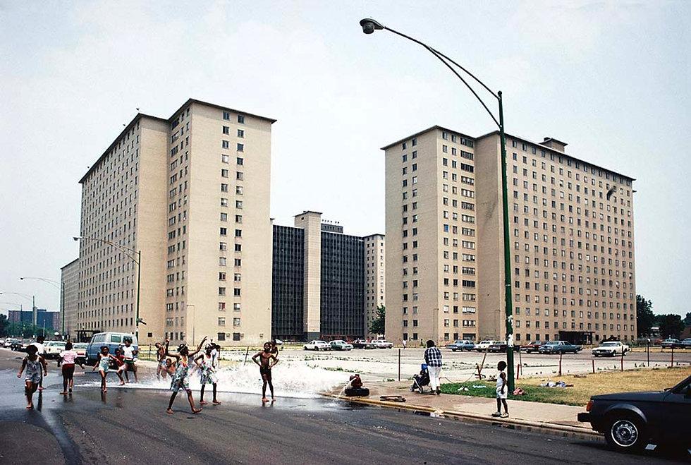Robert_R_Taylor_Homes_Chicago_1988.jpg