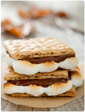 dessert-food-station-catering-maui-smores.jpg