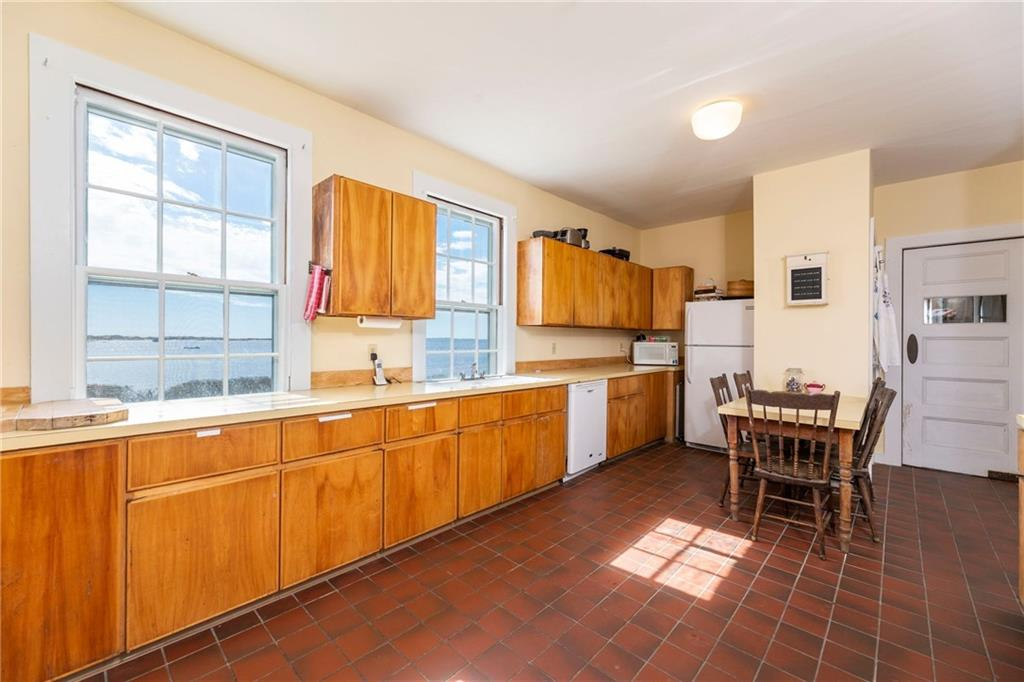 Waterfront Property for Sale in Watch Hill RI