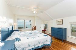 022-Bedroom-4398701-medium