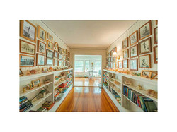Library / Gallery