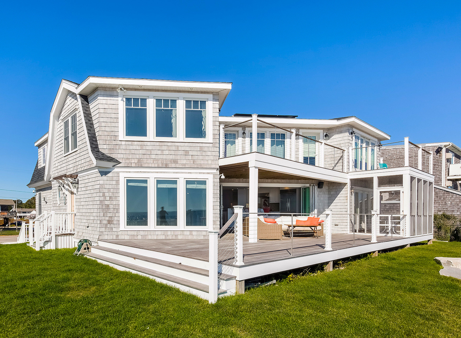 57 Atlantic Ave Beachfront For Sale