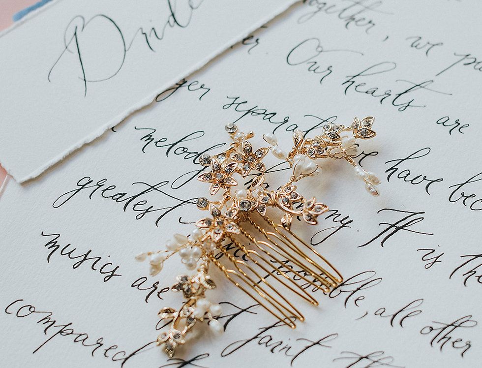 Petite Wavy Gilded Branch Hair Comb
