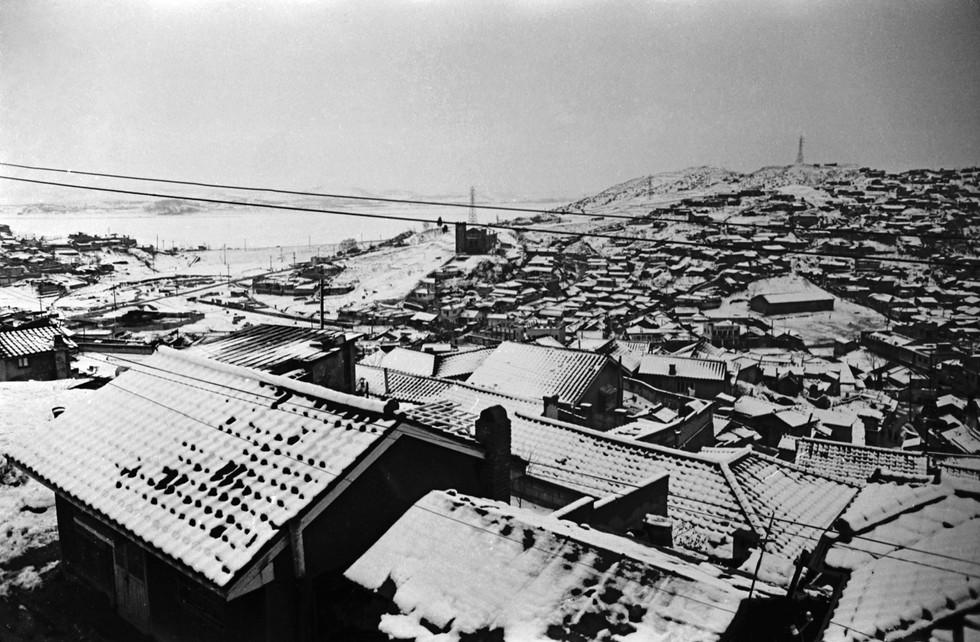 금호동집에서 바라본 한강 압구정동 1964