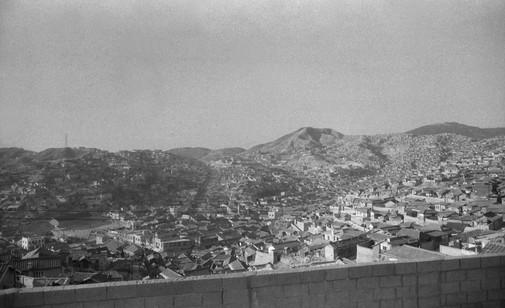 금호동집에서 바라본 옥수동 1964