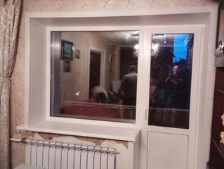 Установка окна и балконного блока.