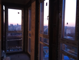 Остекление лоджии и установка окон с заменой старых по ул. Чонгарский проезд