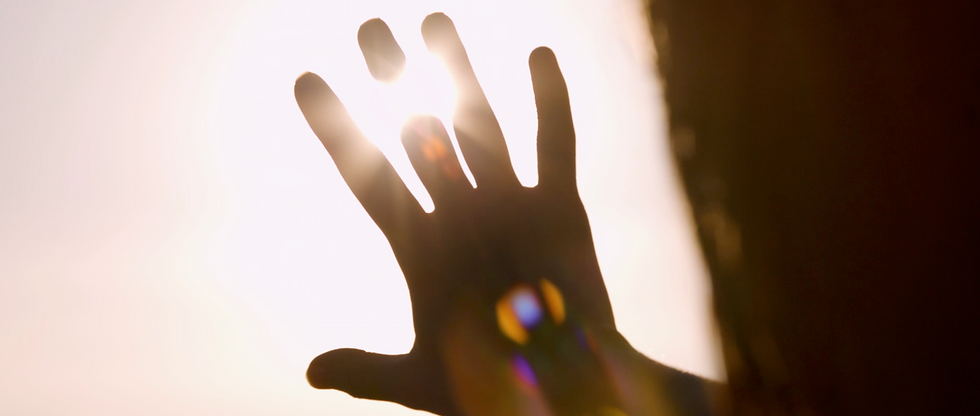 Hand and sun.png