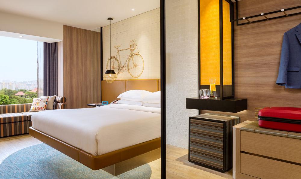 Lighting-Contrast Ratio-Guestroom Lighti