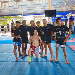 If you are looking to train Muay Thai wh