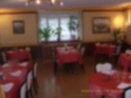 salle+de+restaurant+rouge.JPG