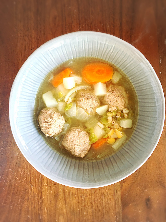 High Folate, High Iron Beef Meatball Soup