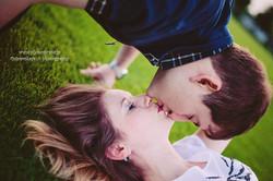 Kissss...