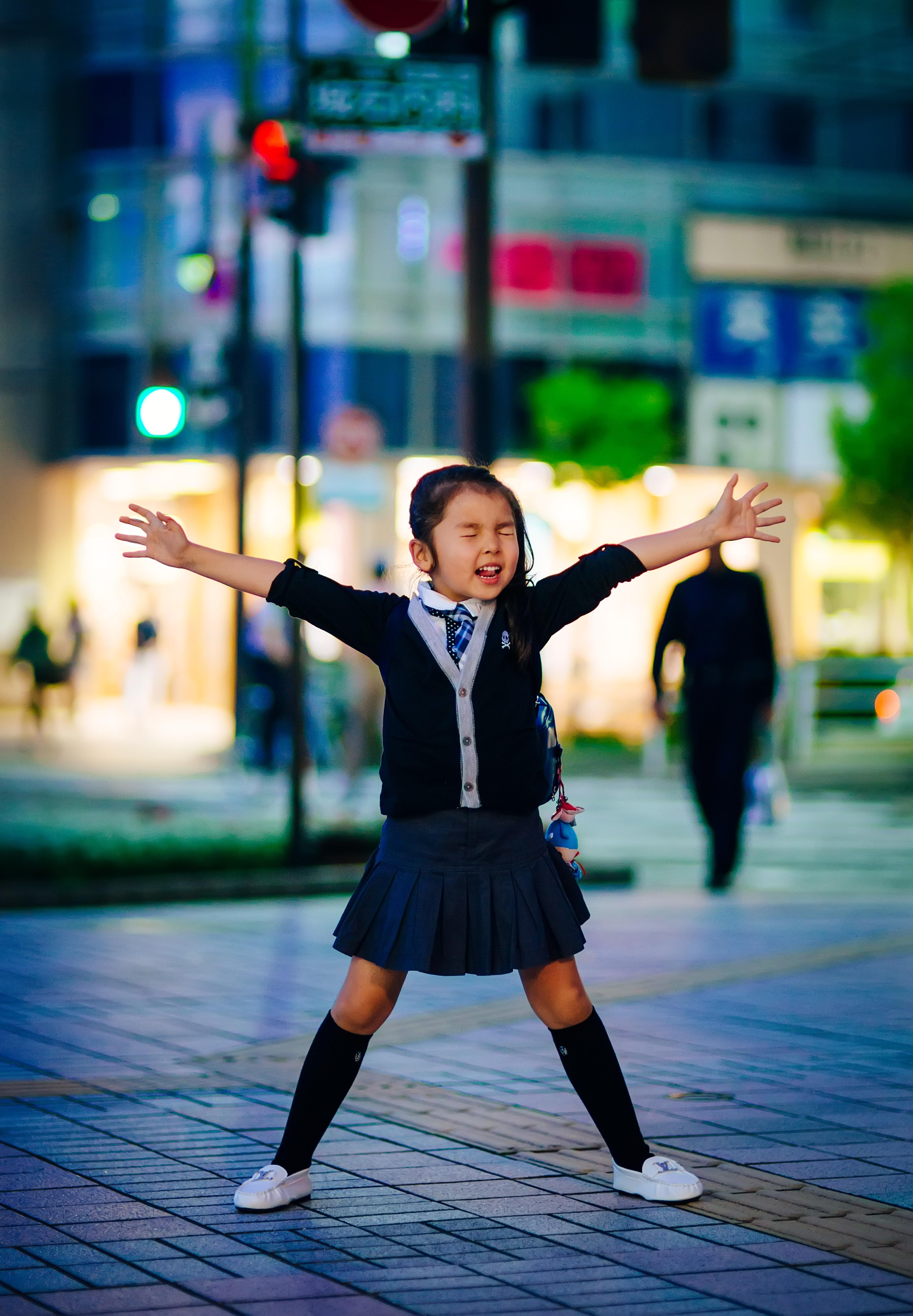"""""""Japanese girl"""" Staging"""