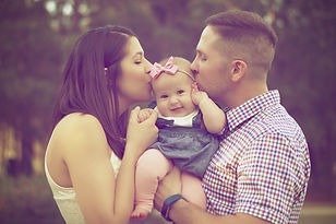 negative-space-family-baby-man-woman-chi