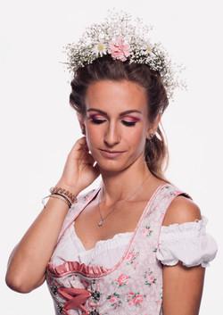 Fotocredit: RomanKainz/Braut Make-up Tracht