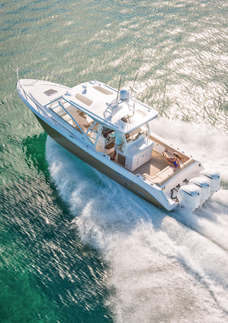 Aerial photo of running boat for magazine cover.