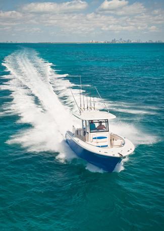 Raballo-center-console-boat.jpg