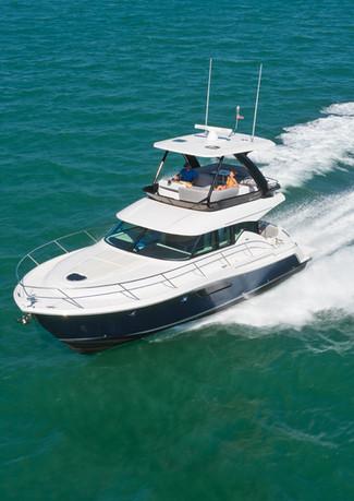 Yachting-fun-offshore.jpg