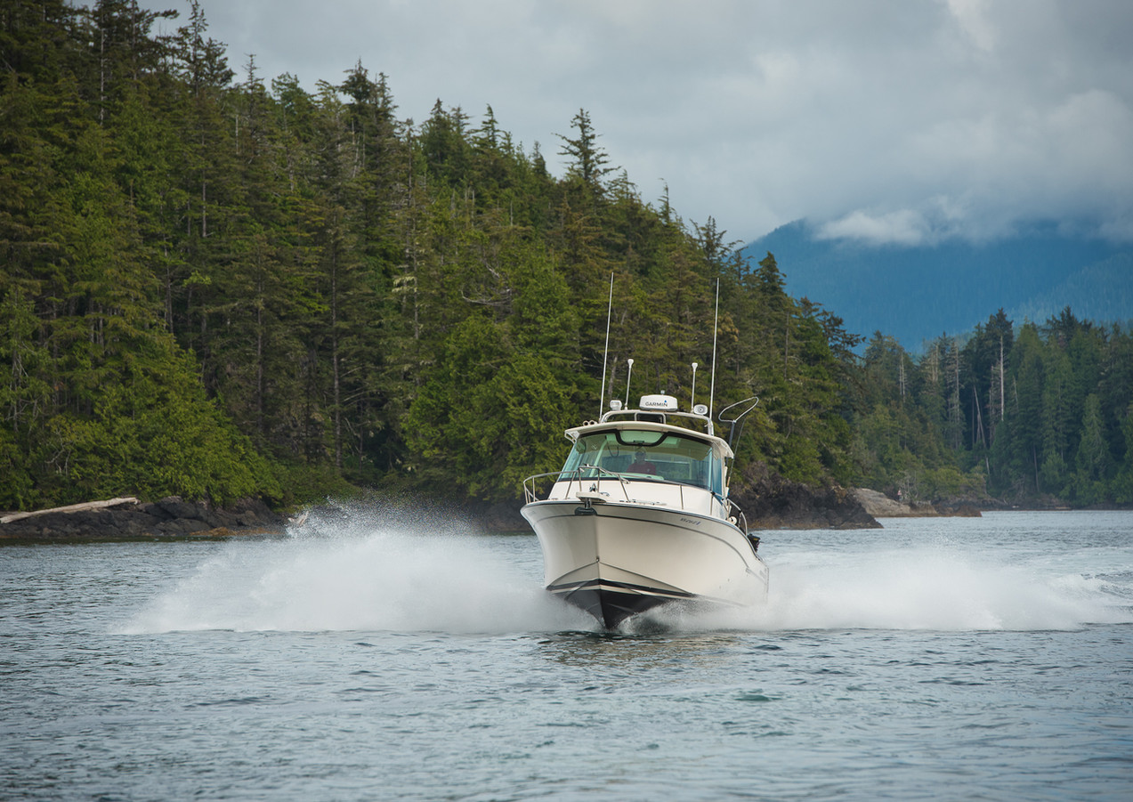 GradyWhite express 33 cabin boat returns from fishing offshore of Vancouver Island.