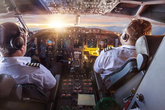 airplane_cockpit.jpg