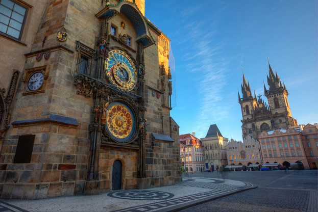 Old_town_Astronomical_clock_1.jpg