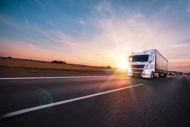 Truck_shaving_effect_highway_1e.jpg