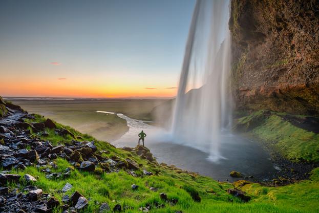 Iceland_waterfall_panorama_10.jpg