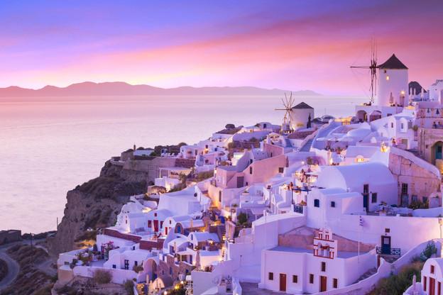 Sunset_Oia_Santorini_Greece_9b.jpg