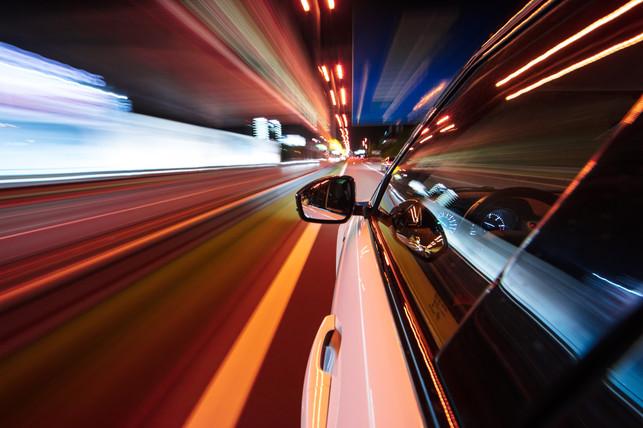 car_night_race_long_exposure_17.jpg