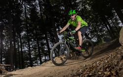 mountain_biker_riding_outdoor_16