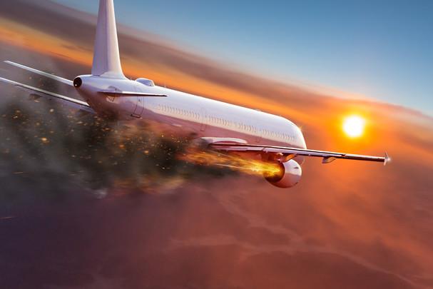 Airplane_fly_fire_engine_crash_21.jpg