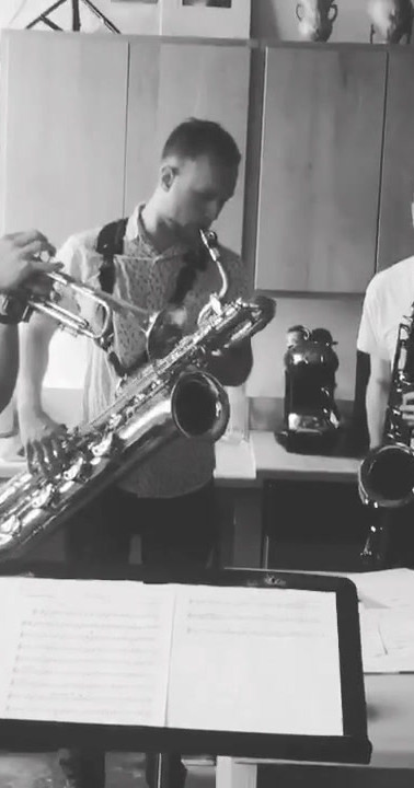 Candymakers: horn rehearsal at my apartment