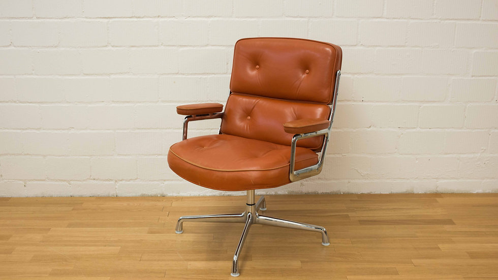 Eames Time Life Lobby Chair von Vitra
