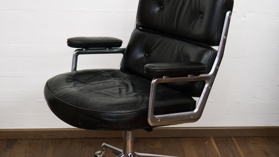 Eames Time Life Lobby Office Chair von Vitra