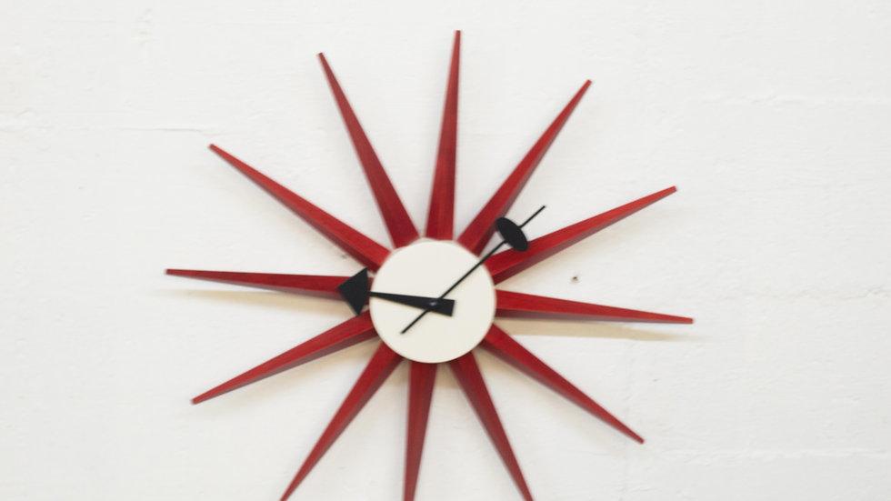 """George Nelson Wanduhr """"Sunburst Clock"""" von Vitra"""
