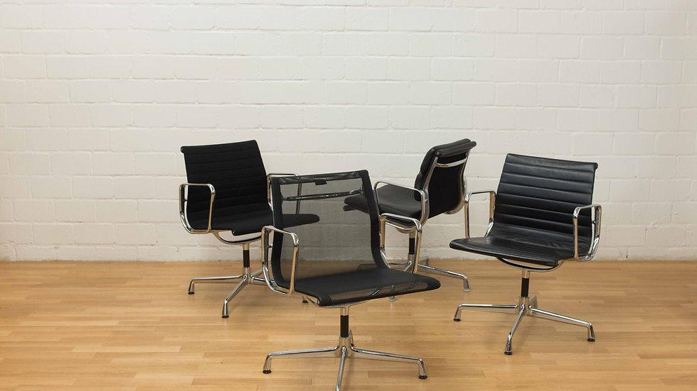 Eames EA 108 Aluminium Stuhl von Vitra
