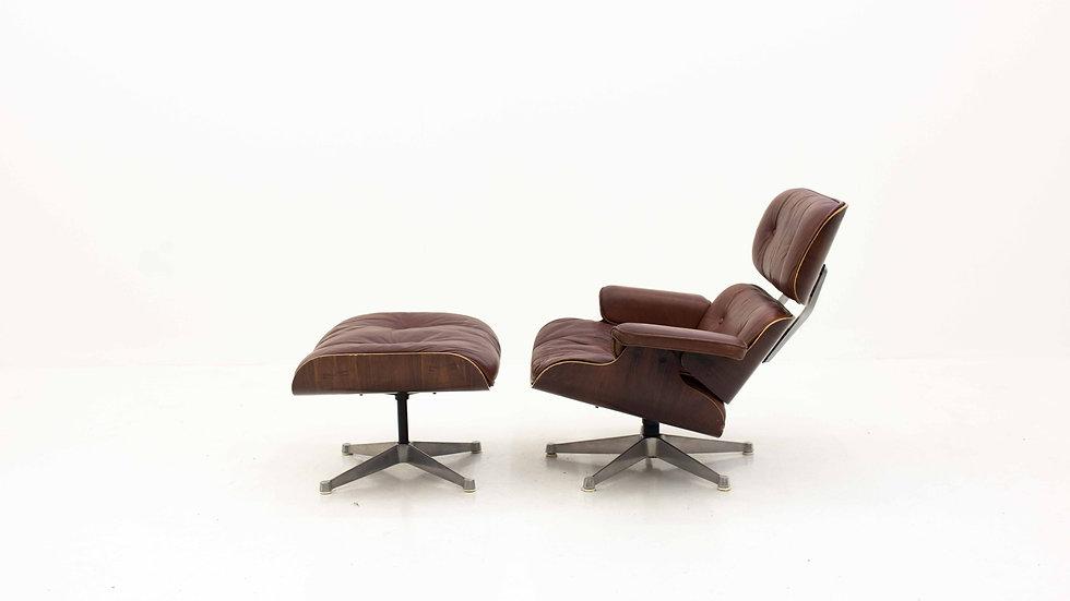 Charles & Ray Eames 670 Lounge Chair & 671 Ottoman von ICF
