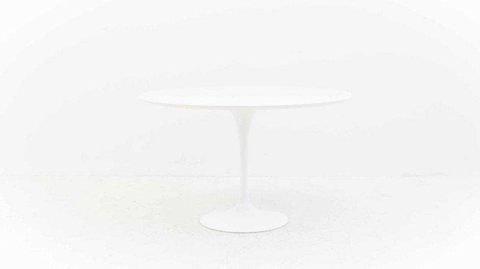 Eero Saarinen Tulip Table 120 cm von Knoll International